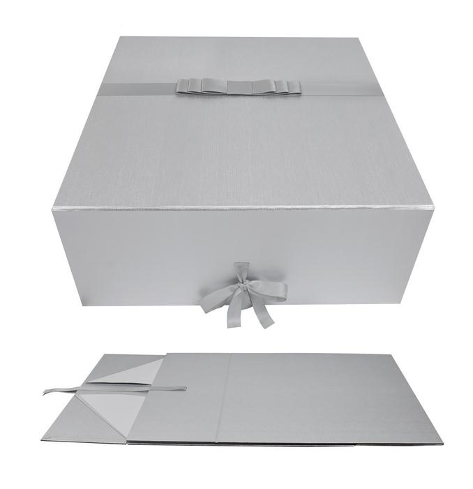 foldable gift boxes with ribbon closure